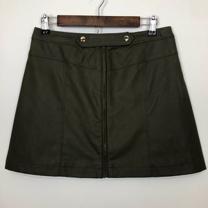 NWT Abercrombie faux leather military skirt size 6